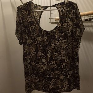 Encore 2X short sleeved top green taupe